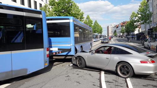 IfKS_Sachverständige_Unfall_Bus